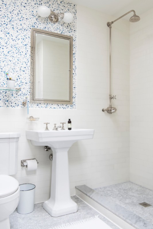 A simple but charming home bathroom sink.